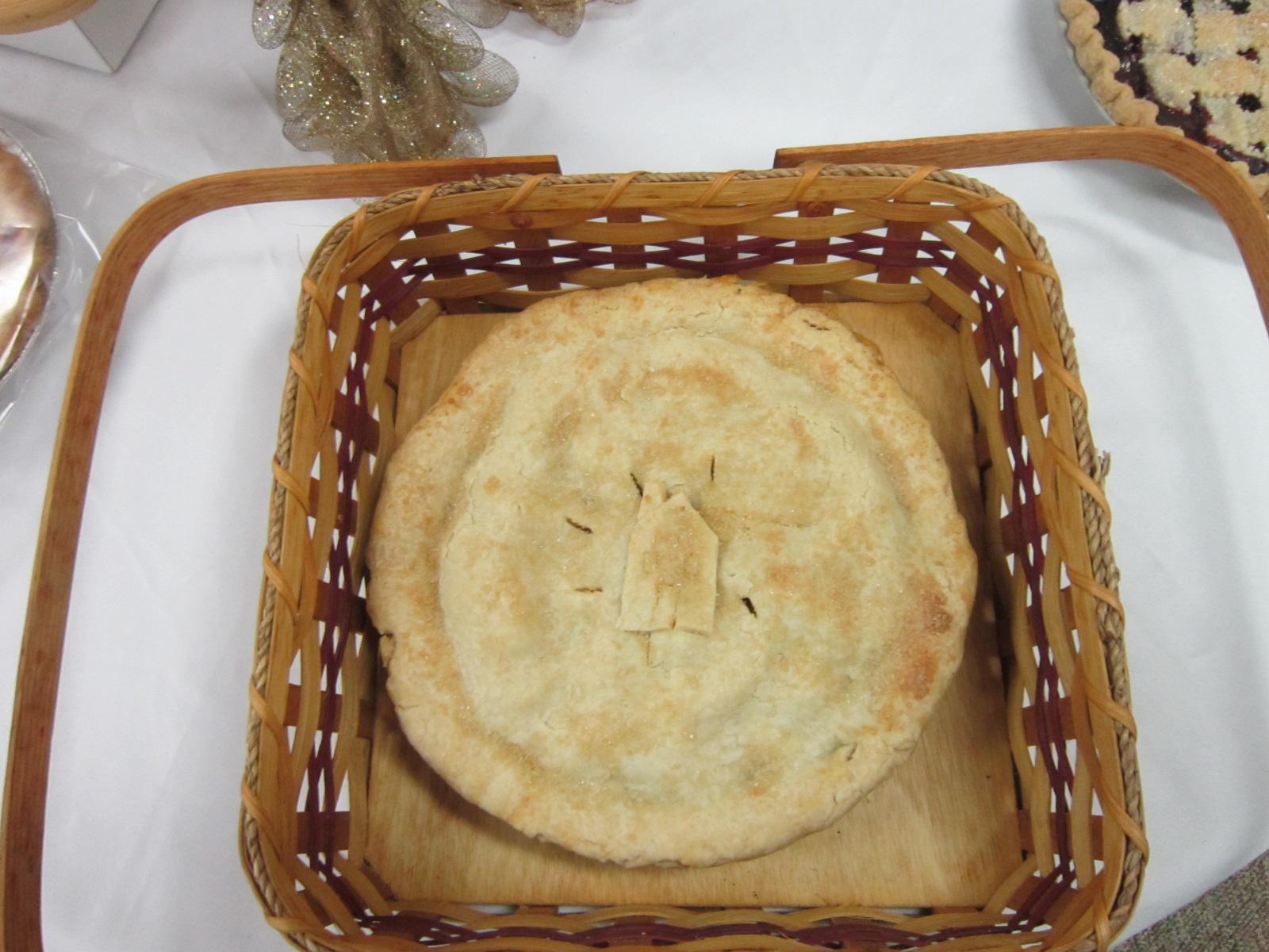 Carla Offenburger apple-blueberry pie (with Habitat logo).JPG
