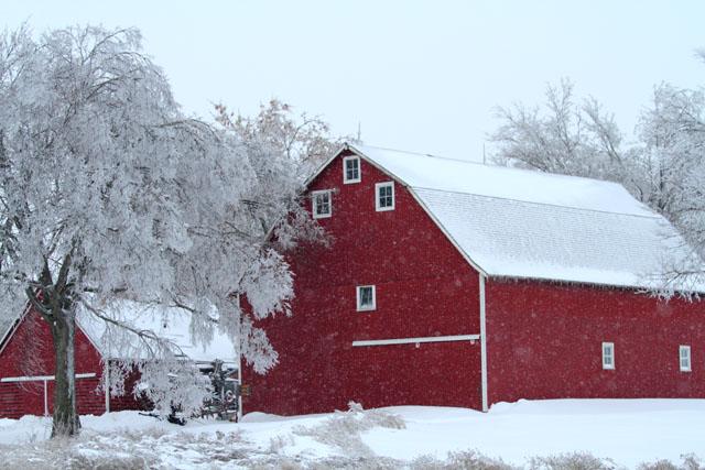 Carroll County Swan Lake Barn.jpg