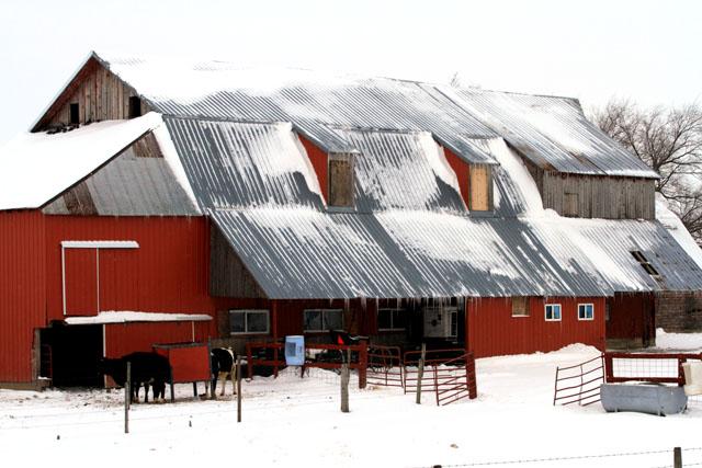 Amish Barn Hazleton.jpg