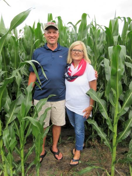 Doug & Karen Lawton.JPG