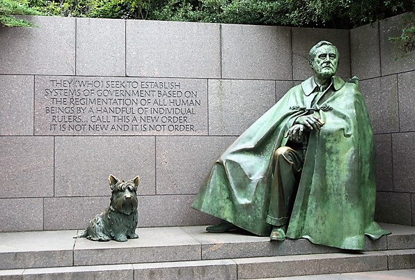 7 Franklin D. Roosevelt Memorial.jpg