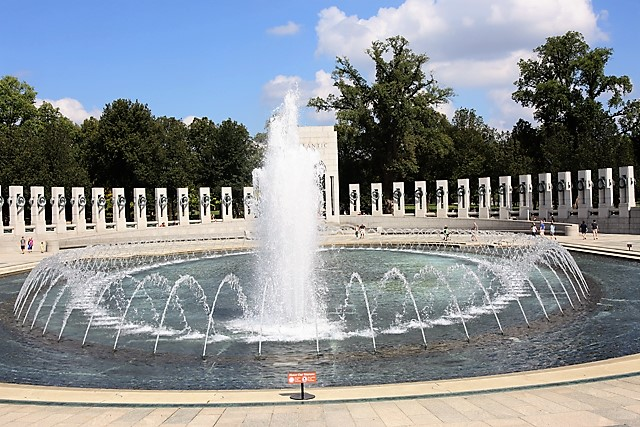 5 World War II Memorial.jpg