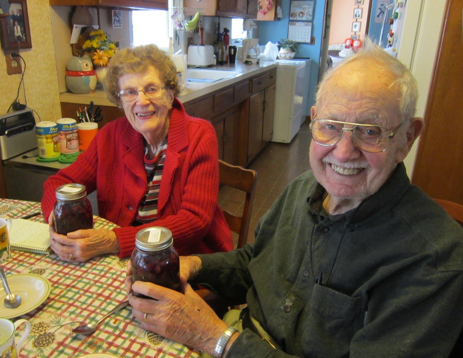 Evelyn & Robert Birkby get their grape juice Dec 14.JPG