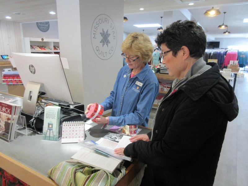 Carla O buying from Deb Hunt at MSQC.JPG
