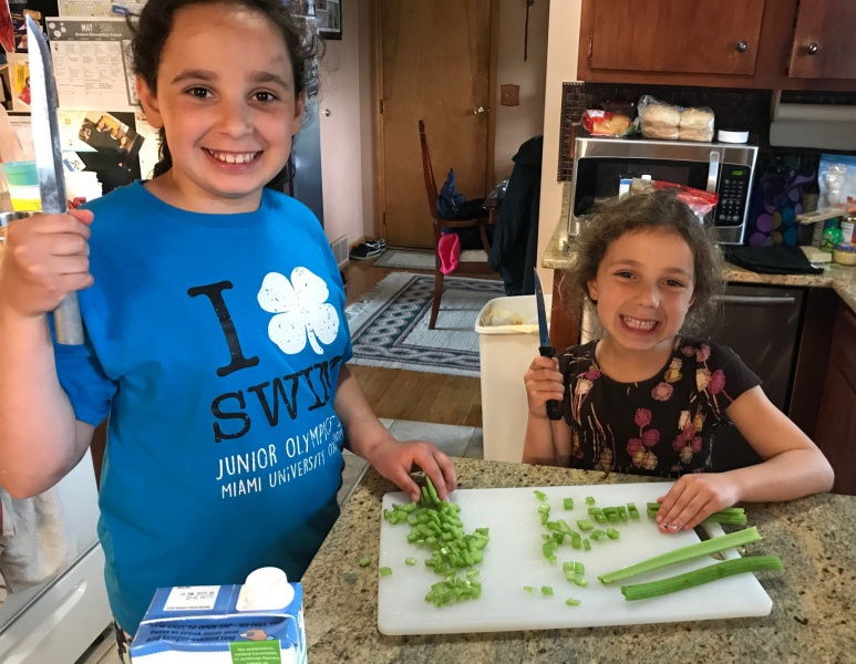4 Lindsay & Casey cutting & chopping celery.jpg