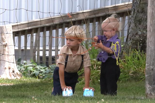 Amish Kids-4302L (3).jpg