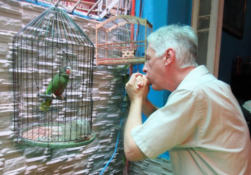 Stan Dotson & Cuban parrot.JPG