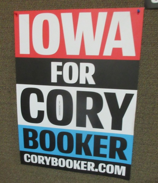 Iowa for Cory sign.JPG