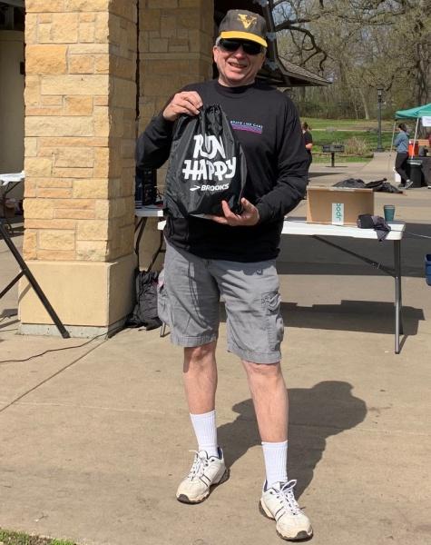 Chuck O winnerof men's 70-79 age division.jpg
