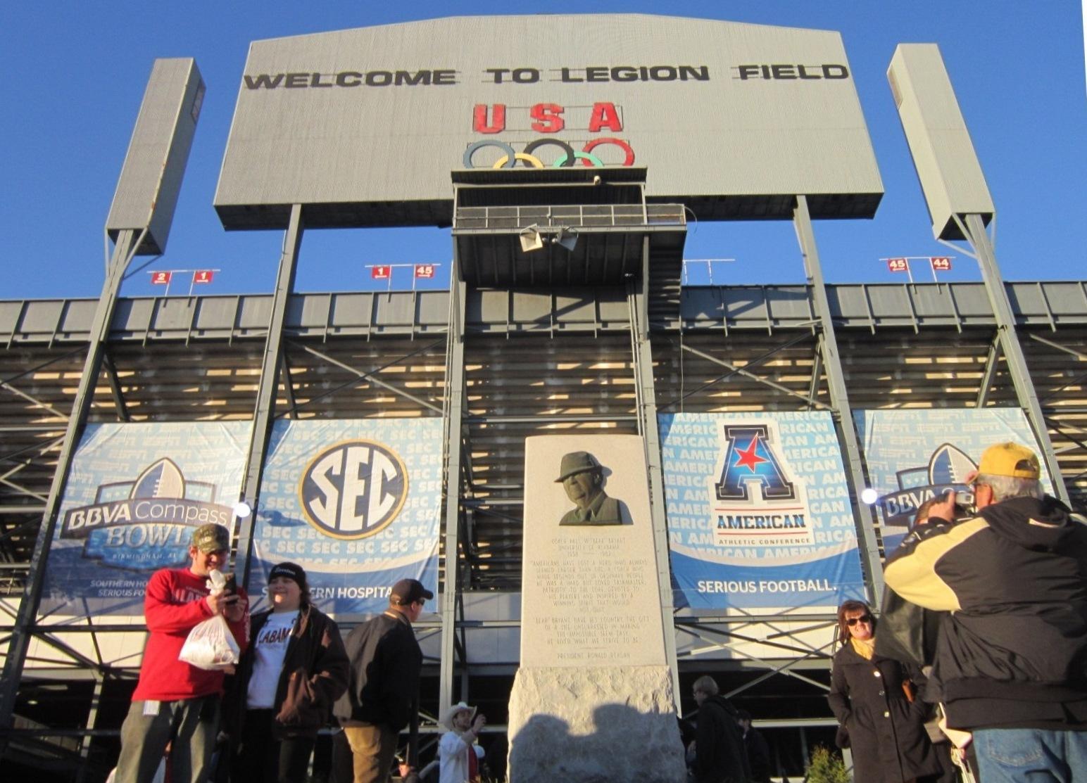 Legion Field Main Entrance Bryant Plaque.JPG