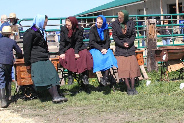 Amish Sale 6.jpg
