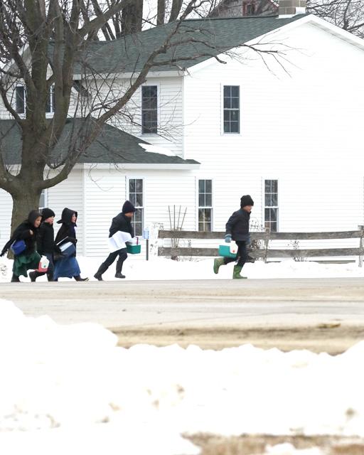 1 Amish school students arrive.jpg