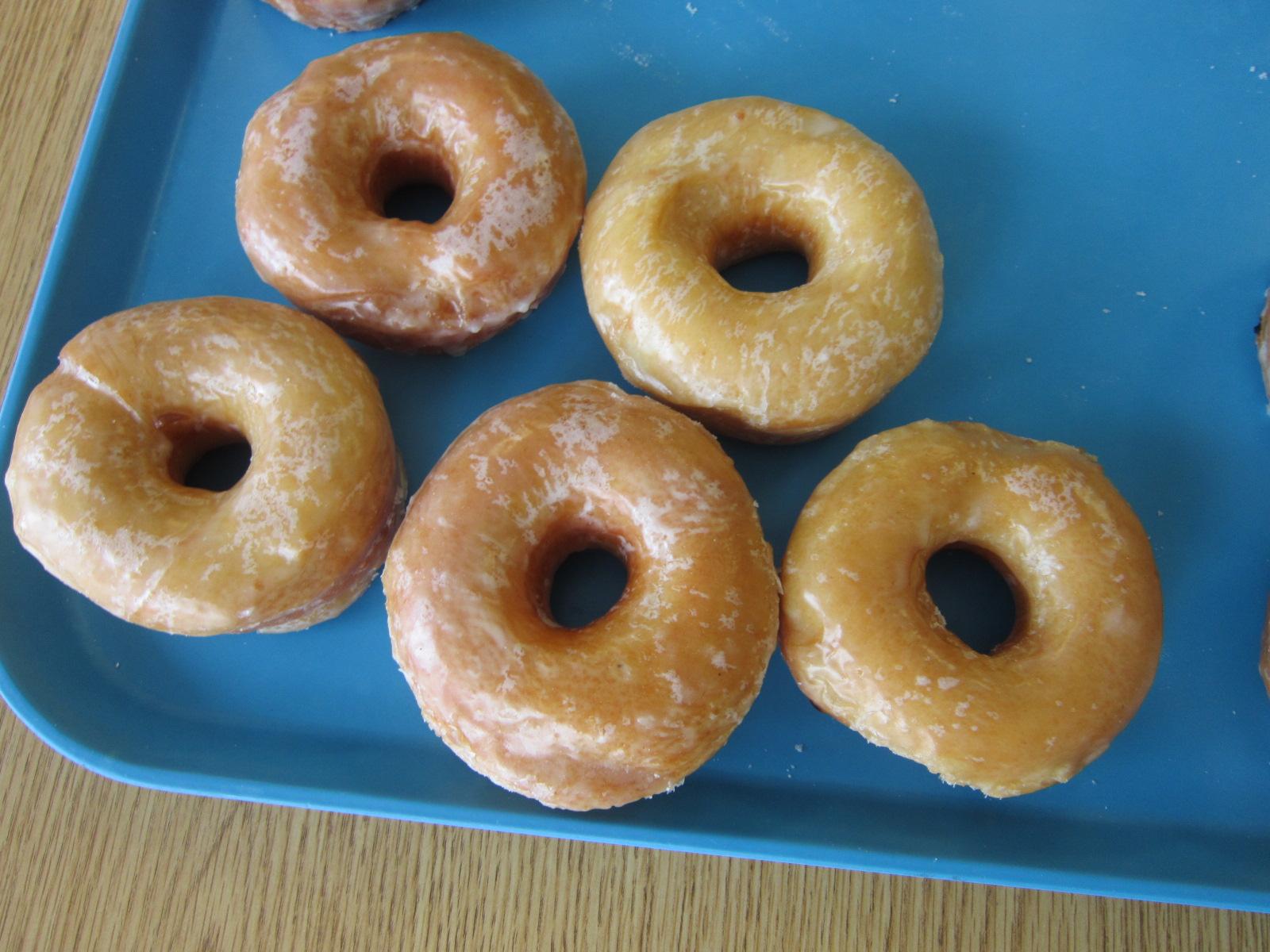 Bunkers Dunkers famous glazed donuts in Jefferson  IA.JPG