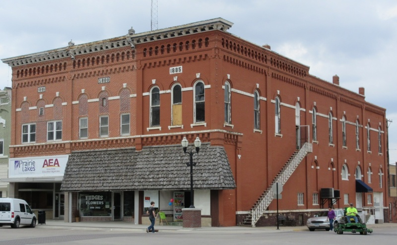 Corner buildings of historic square.JPG
