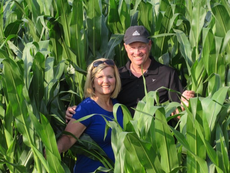Karen & Doug Lawton horiz 1.JPG
