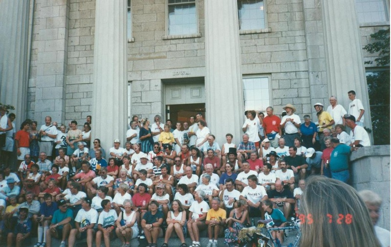 2 Iowa 150 gathering steps of Old Capitol in Iowa City July 1995.jpg