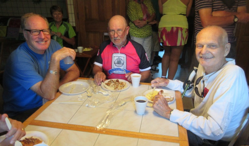 17 Tom Schoelermann, Phil Muta & Don Koch at breakfast.JPG