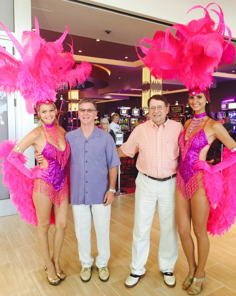 Tony, Chuck & Vegas showgirls at Wild Rose Aug 7.jpg