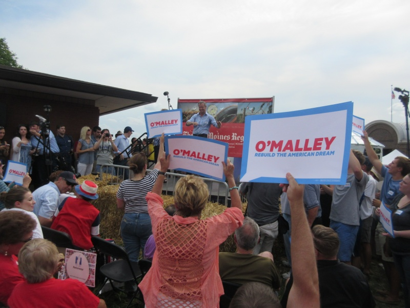 Malley among the signs after Soapbox.JPG