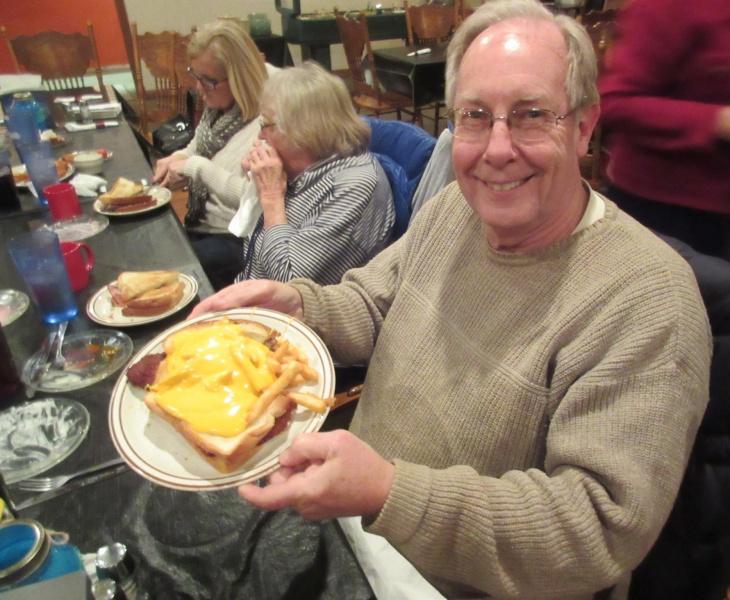 14 Chuck Schoffner with Horseshoe sandwich.JPG